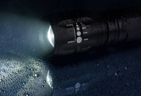 Streamlight 88040 ProTac Tactical Flashlight Review